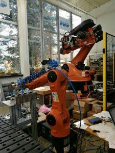 Roboty KUKA Roboter (PIAP)