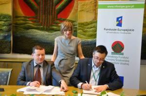 Podpisanie umowy (fot. NFOŚ)